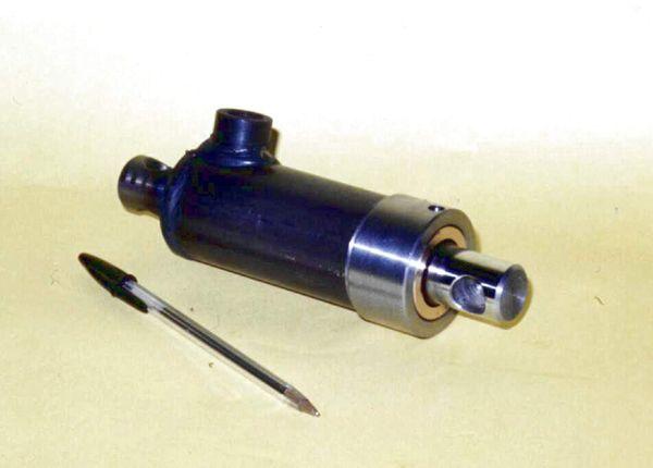Mini cilindri oleodinamici